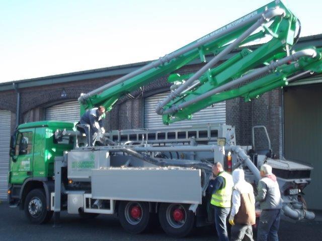 Zementmaschine auf LKW