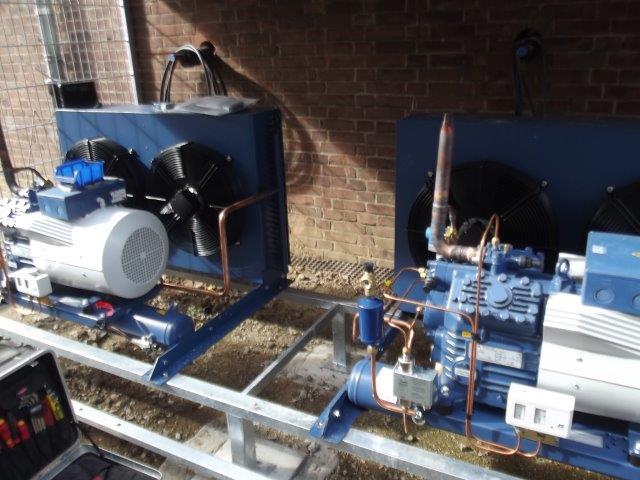 Die-beiden-Kältetechnikmotoren