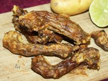 Getrocknete Hühnerhälse, 250 g für Hunde