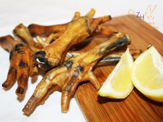 Hühnerfüsse, getr., 175 g für Hunde